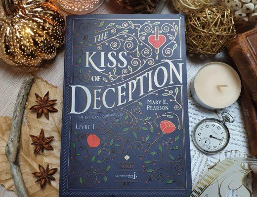 """""""The Kiss of Deception"""" - Mary E. Pearson aux éditions La Martinière Jeunesse"""